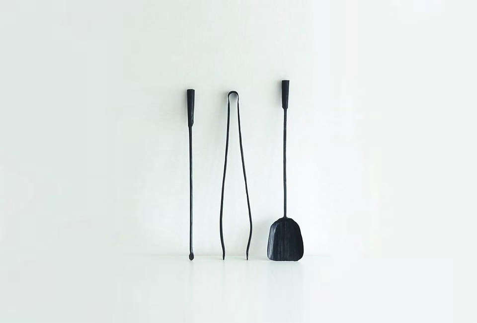 10 Easy Pieces Fireplace Tools Remodelista