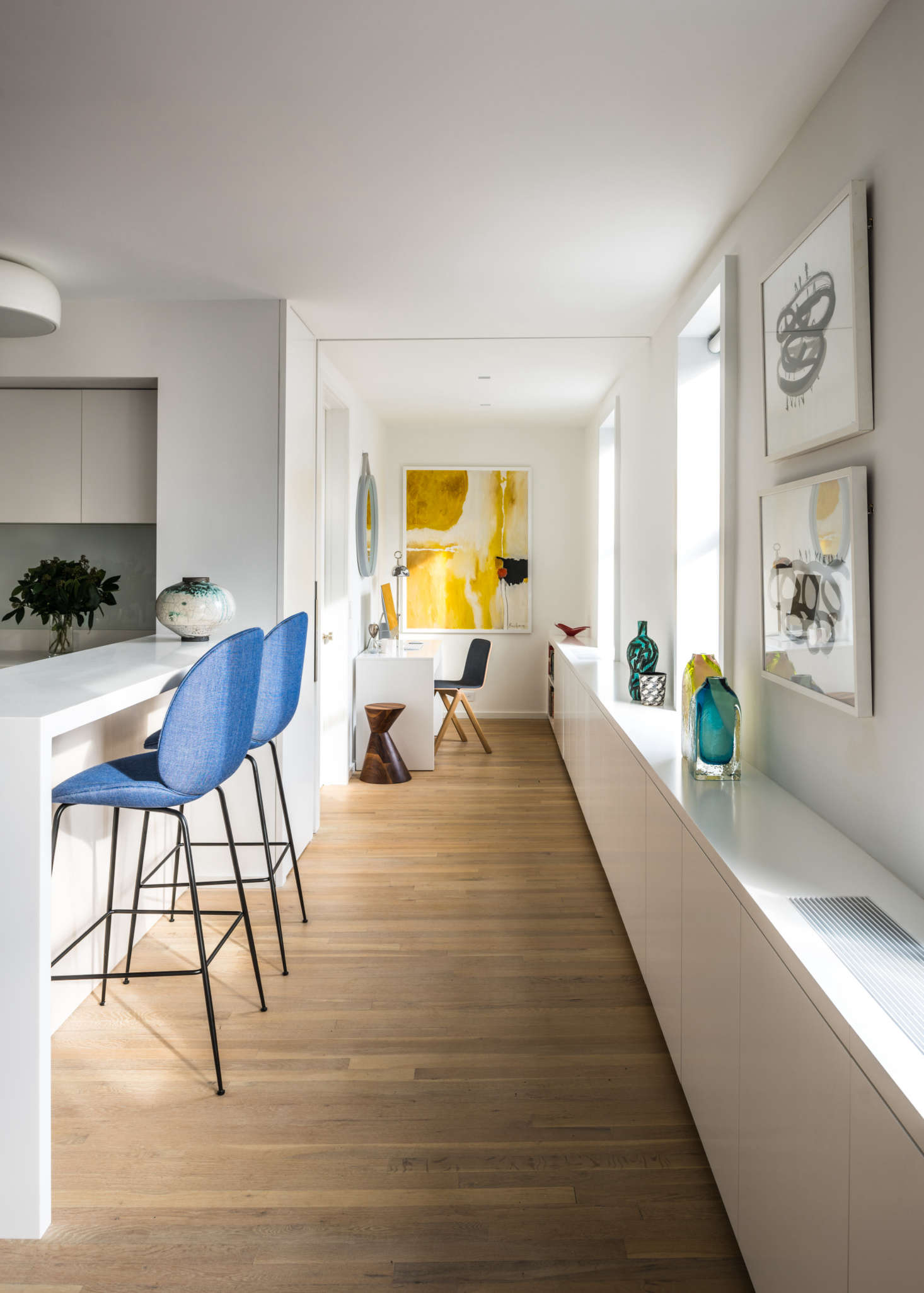 Internal Affairs Interior Designers: Michael K Chen Architecture