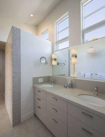 13b master bath tall ceiling natural light