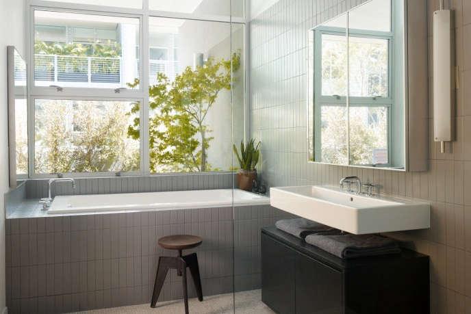 gallery lofts his bathroom