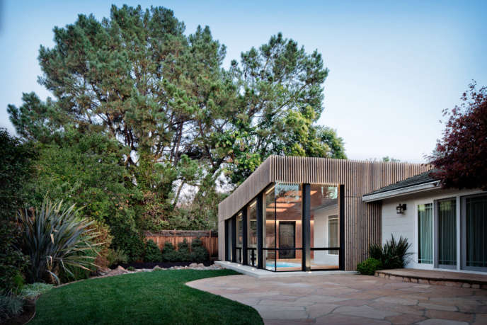 Poolhouse extension exterior