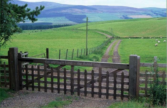 700_little-sparta-gate-and-vista