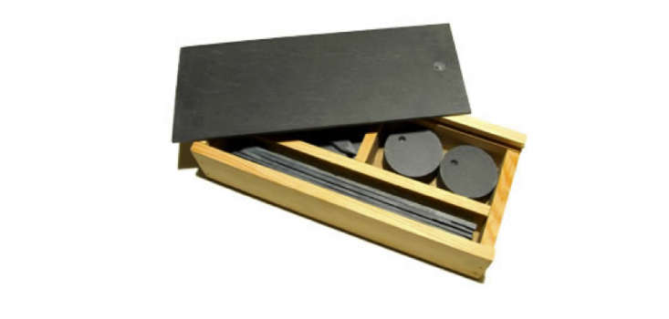 slate-plant-markers-garden-box-set-gardenista