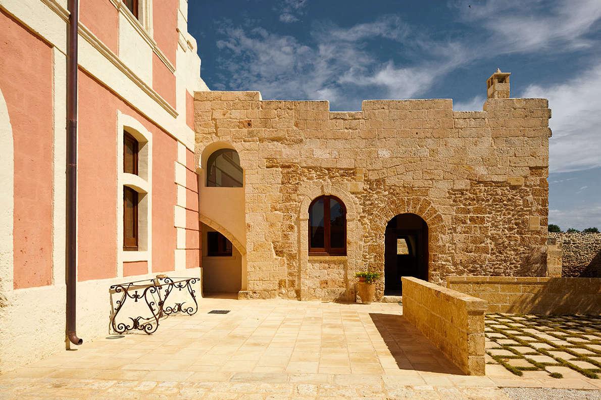 16th Century Farmhouse in Puglia, Italy