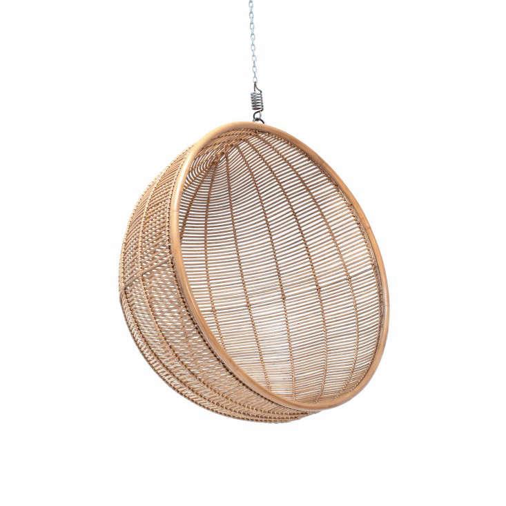 elsa-hanging-rattan-chair-gardenista - 10 Easy Pieces: Hanging Chairs - Gardenista