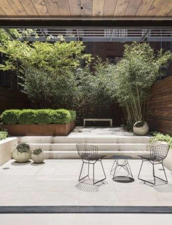 Julie Farris Manhattan courtyard garden