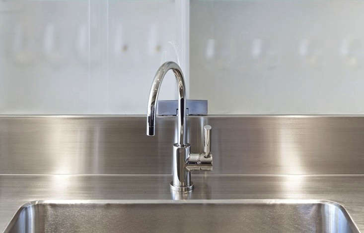 Remodeling 101 stainless steel countertops for Stainless steel countertops cost per sq ft
