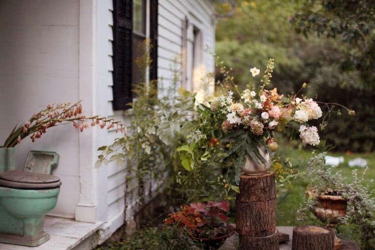 House-at-Worlds-End-Farm-Gardenista-02