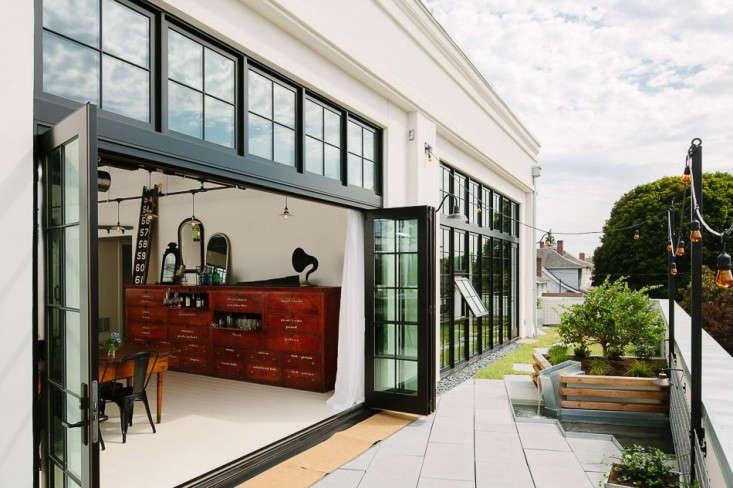 Indsutrial-loft-portland-terrace-Remodelista