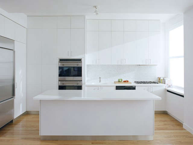 a modern kitchen for the food lovers at \26\1 Broadway: click here for full project information Photo: Maggie Soladay