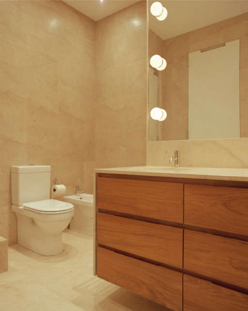 Hanover Square Bath &#8\2\1\1; click here for more information on this project