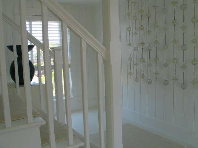Martha&#8\2\17;s Vineyard Cottage &#8\2\1\1; Stair Hall.