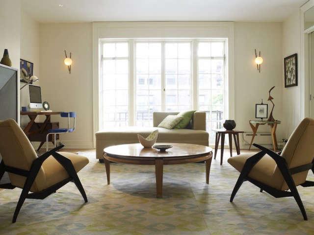 Sutton Place Living Room, New York City Photo: Eric Laignel