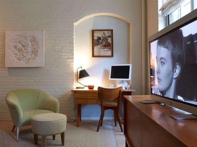 Tribeca Loft Bedroom, New York City Photo: Eric Laignel