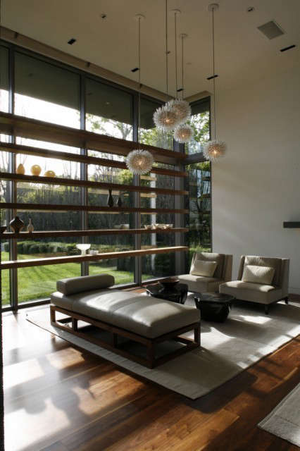 Living room: Living room, secondary seating arrangement Photo: Art Gray