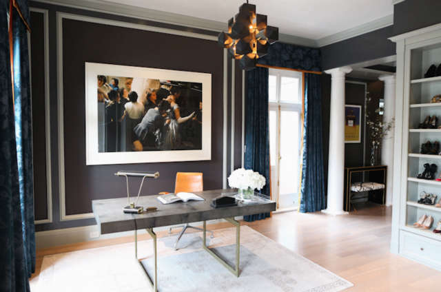 Pacific Heights Sitting Room Photo: Bess Friday Photography