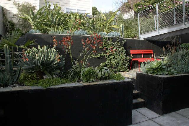 A bridge to the garden &#8class=