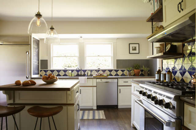 Kitchen, Canyon Residence Photo: Joe Schmelzer