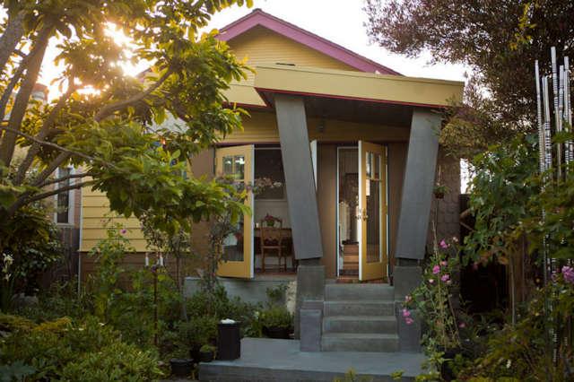 Park St: Remodel of creftsmen bungalow by Harvey Watts of Schwentker Watts Design Photo: MB Maher