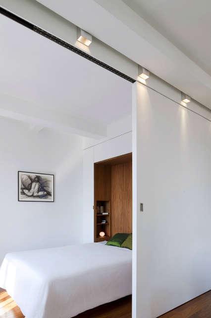 Transformer Loft &#8\2\1\1; bedroom wall