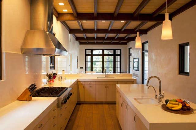 La Mesa House- Kitchen