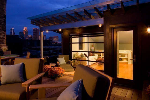 Historic Modern Loft &#8\2\1\1; Rooftop Deck: A rooftop deck over the loft provides beautiful views of downtown Minneapolis and of the Mississippi River. Photo: Dana Wheelock