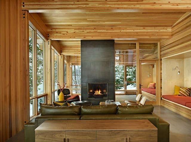 North Lake Wenatchee Living & Fireplace