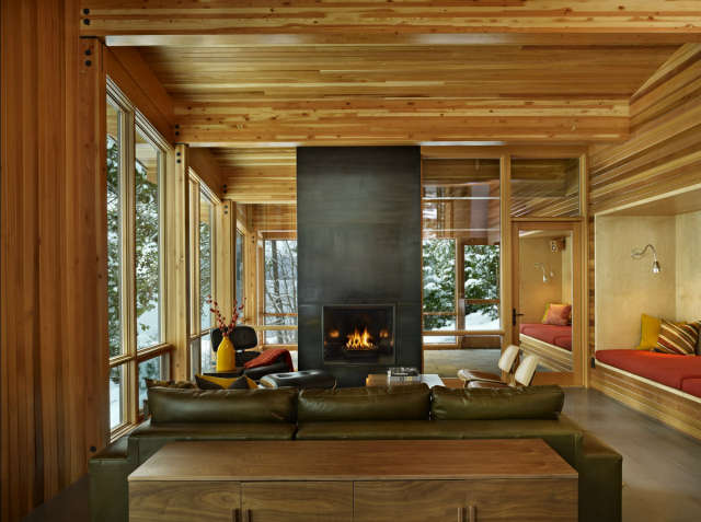 North Lake Wenatchee Cabin Living & Dining: Rustic. Modern. Cozy. Sophisticated. This mountain retreat was designed to bridge two worlds with natural ease. For more, select &#8\2\20;N. Lake Wenatchee&#8\2\2\1; at http://www.deforestarchitects.com/pages/rural.htm. Photo: Ben Benschneider