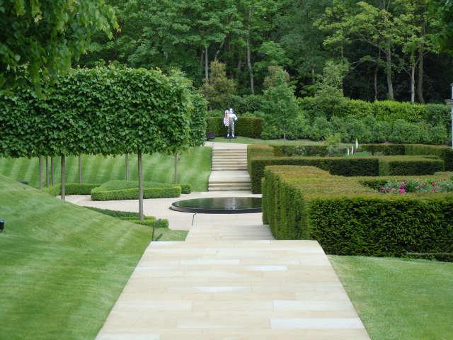 Richard miers garden design belgium remodelista architect for Garden design history