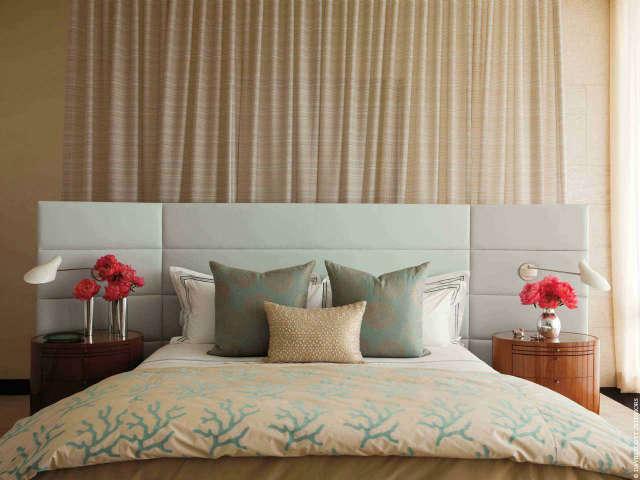 Southampton Bedroom Photo: Antoine Bootz