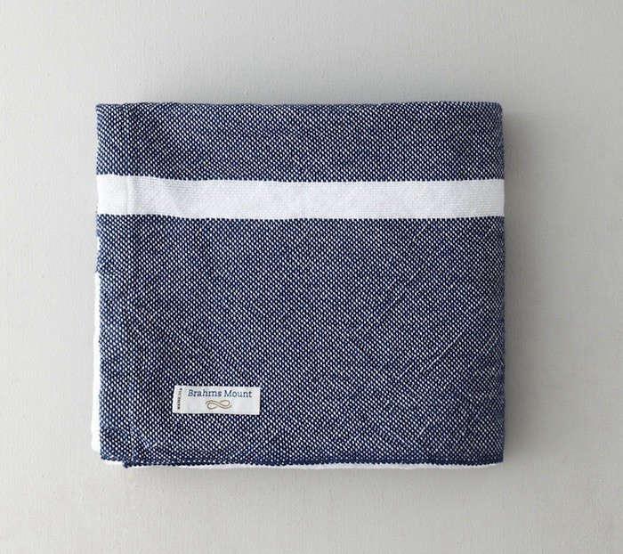 brahms-mount-single-stripe-blanket