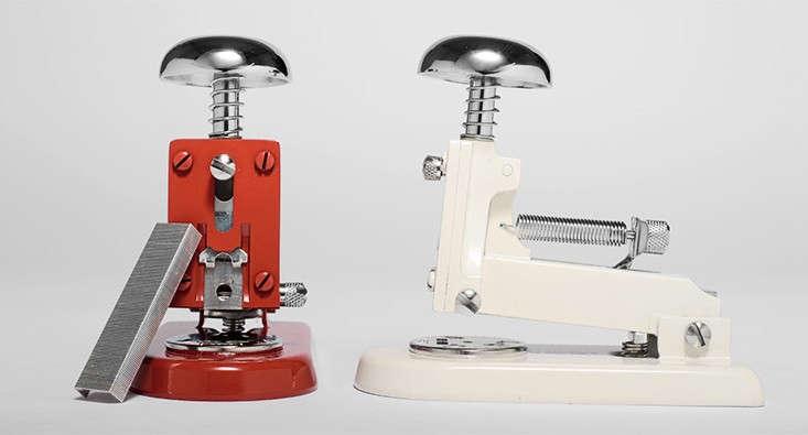 el-casco-small-desk-stapler-kaufmann-merc-Remodelista