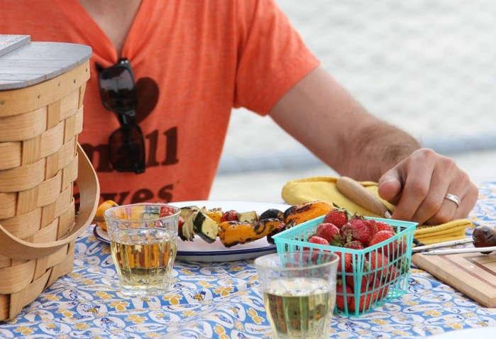 12-Tips-BBQ-Gardenista-Remodelista