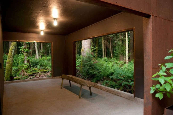 6_forest shed outdoor sitting room_rohleder borges