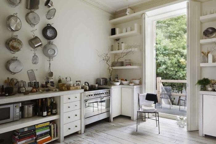 700_english-kitchen-stove-and-shelving