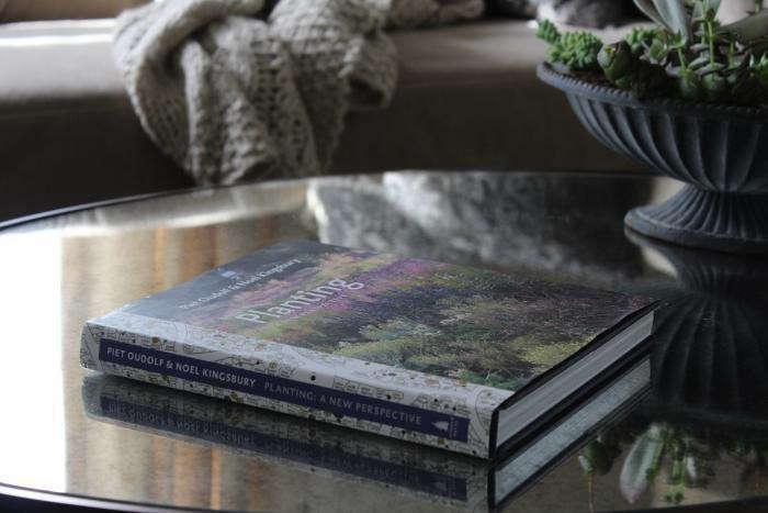 700_piet-oudolf-planting-book_1