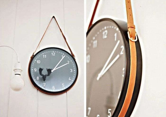 700_two-clocks-leather-strap