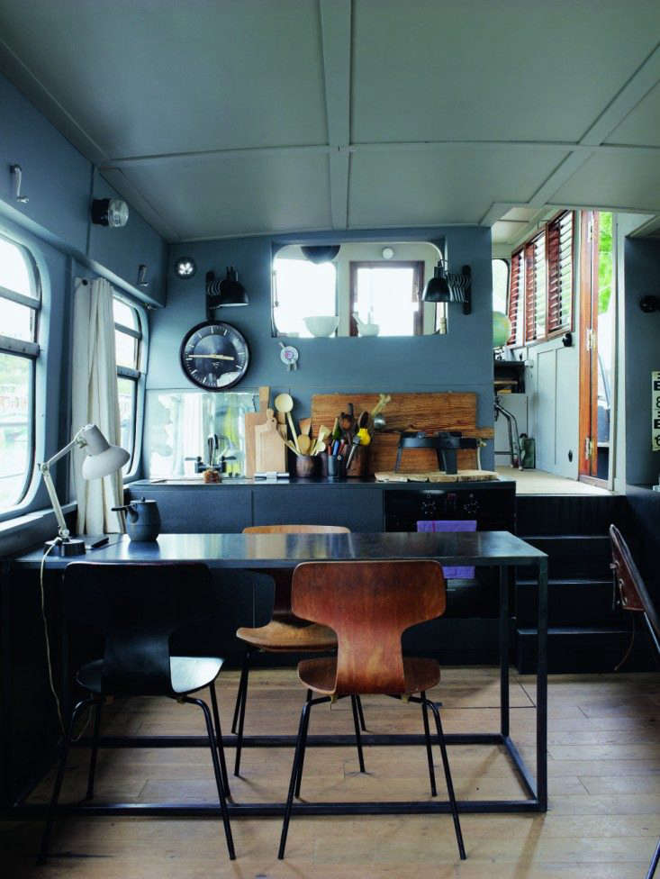 71tl-Valerie-Mazerat-houseboat-Richard-Powers-Thames-&-Hudson-Remodelista
