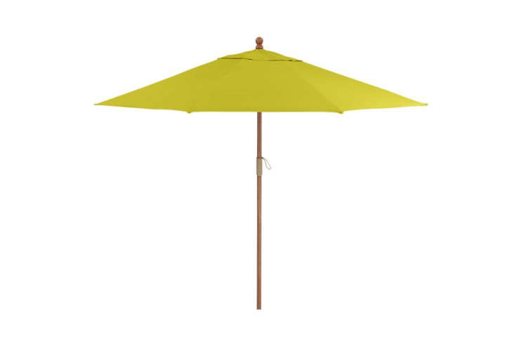 9-Foot-Round-Sunbrella-Crate-and-Barrel-Remodelista