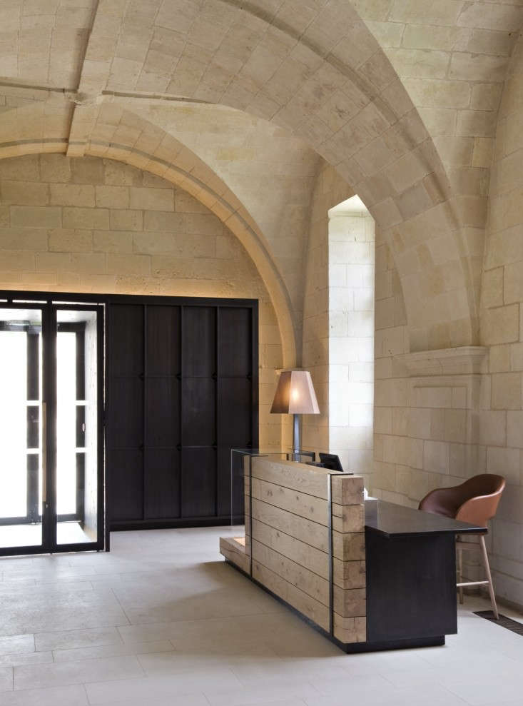 fontevraud abbey in france the ultimate haunted hotel. Black Bedroom Furniture Sets. Home Design Ideas