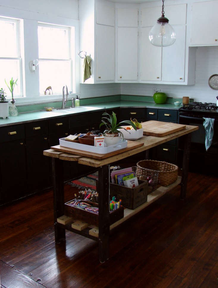 Abbey-Hendrickson-of-Aesthetic-Outburst-remodeled-kitchen-Remodelista