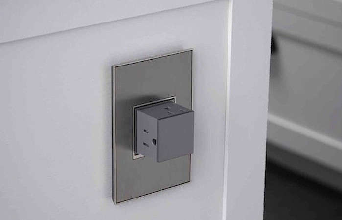 Adorne-Pop-Out-Outlet-In-White-Kitchen-rectangle-Remodelista