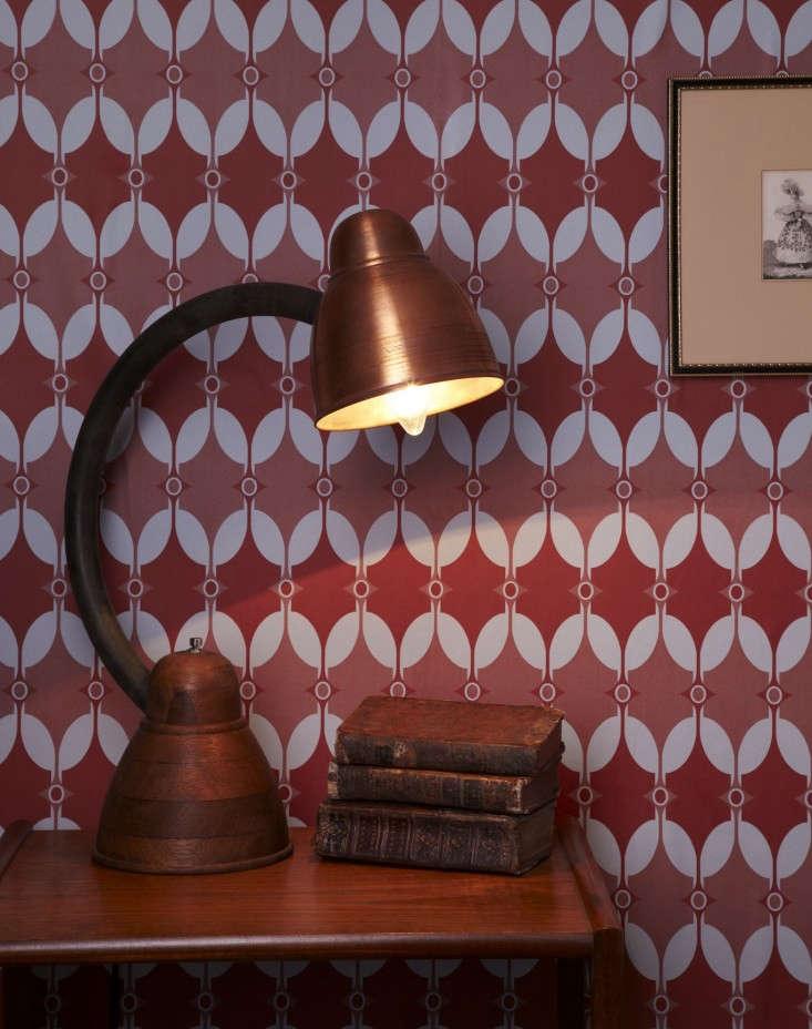 Akin-&-Suri-Handmade-Interiors-wallpaper-Selin-pattern-2-Remodelista