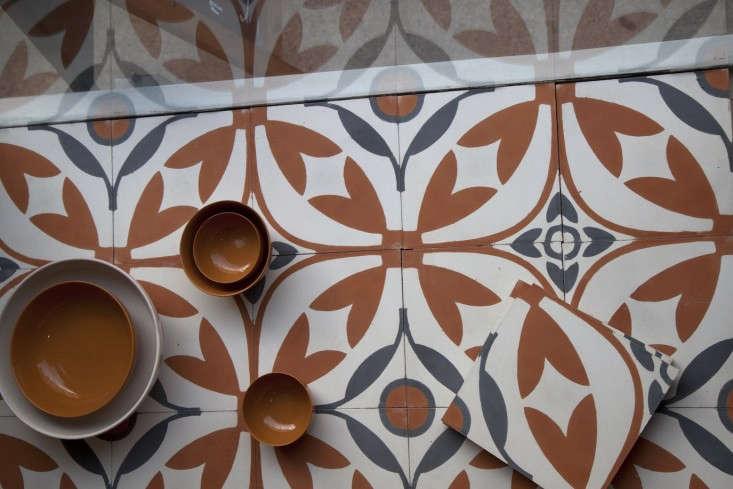 Akin-&-Suri-tiles-elmas-pattern-from-Carocim-Remodelista
