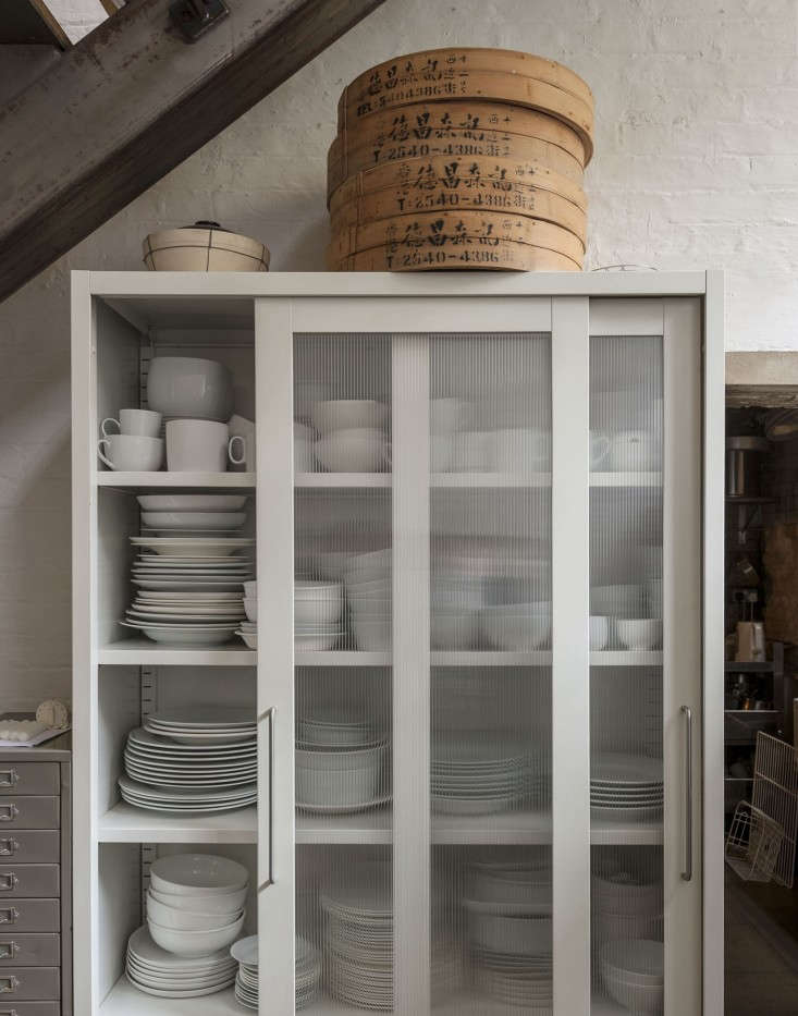 Alastair-Hendy-London-kitchen-storage-cabinet-via-Remodelista