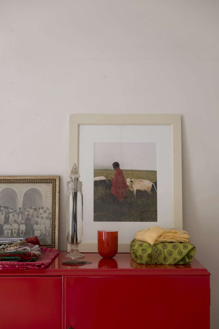 Alayne-Patrick-of-Layla-apt-still-life-photographed-by-James-Merrell-6-Remodelista