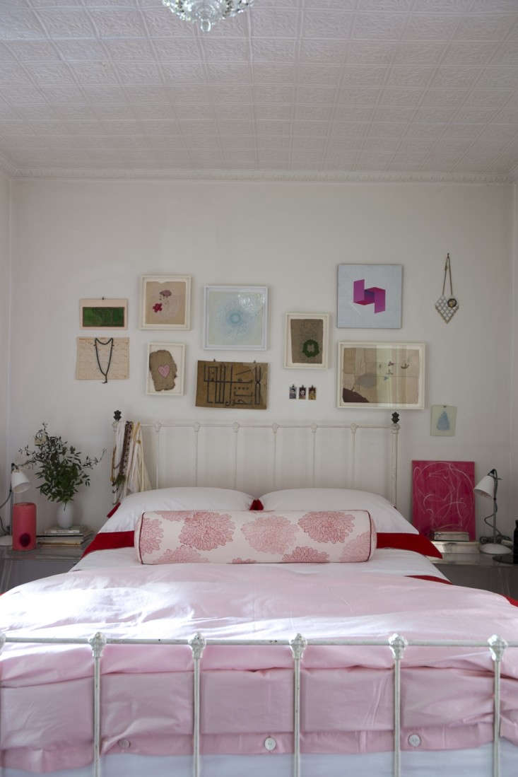Alayne-Patrick-of-Layla-bedroom-photographed-by-James-Merrell-12-Remodelista
