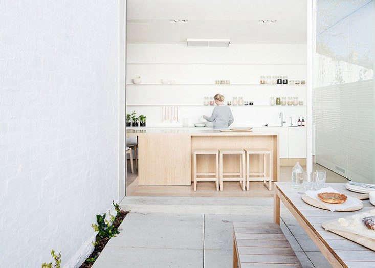 Alfred-Sreet-Residence-Studiofour-Est-magazine-Remodelista-1