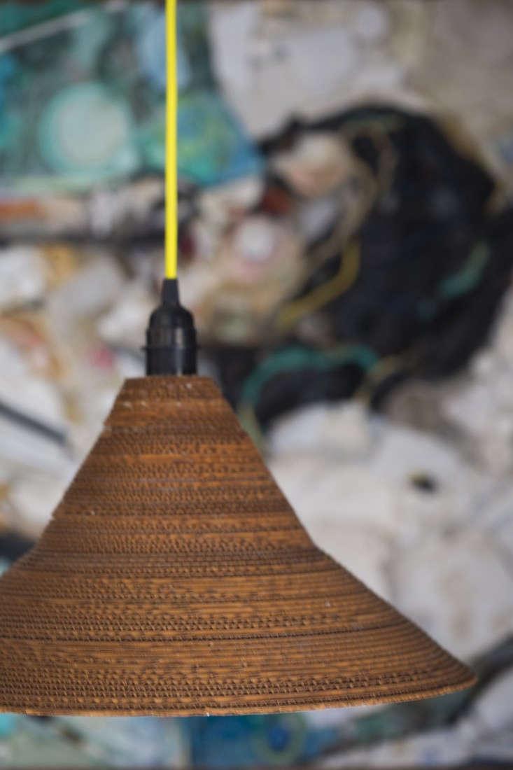 Ambatalia-frank-gehry-lamp
