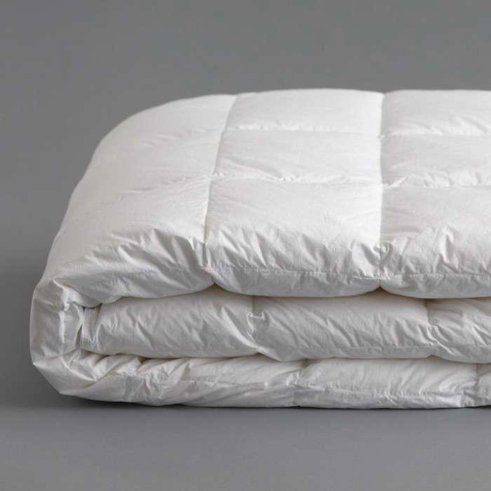 Anichini-Down-Goose-Comforter-Remodelista-001